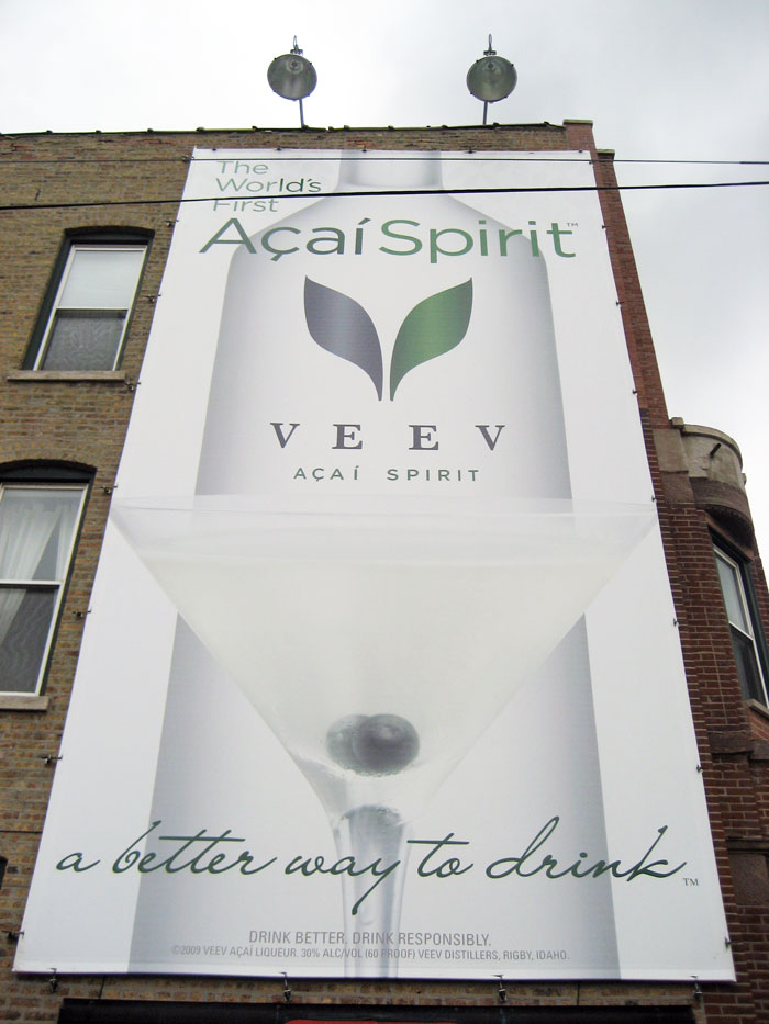 05aa_offprem_veev_billboards_divisiondamen02